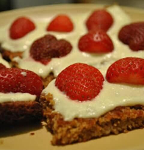 здравословни крекери с ягоди и крема сирене без глутен