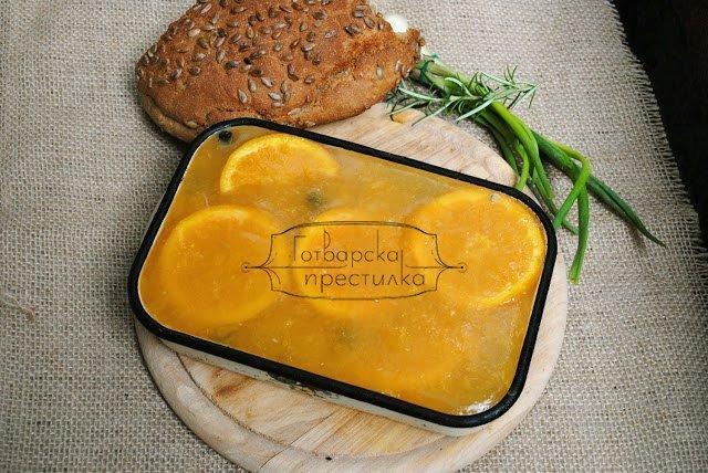 Пастет с боровинки и желе от портокали