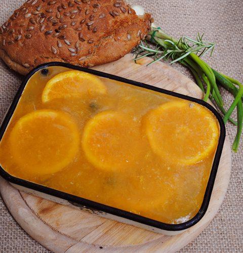пилешки пастет с боровинки и портокалово желе