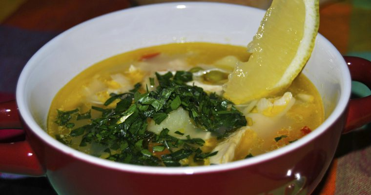 Гъста пилешка супа с джинджифил и лайм