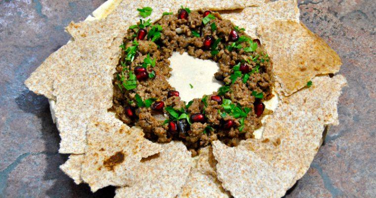 Арабска разядка с телешко, нар и тахини сос