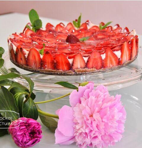 чийзкейк с пресни ягоди