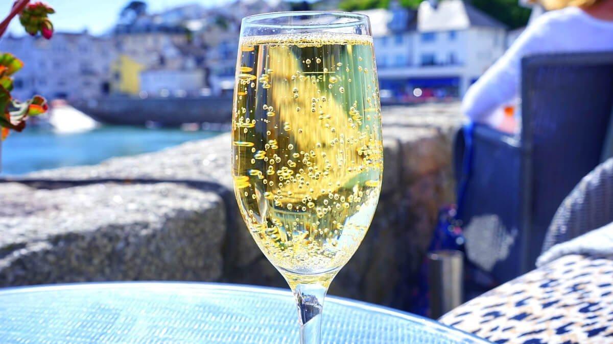 Каква е разликата между Шампанско и Просеко?