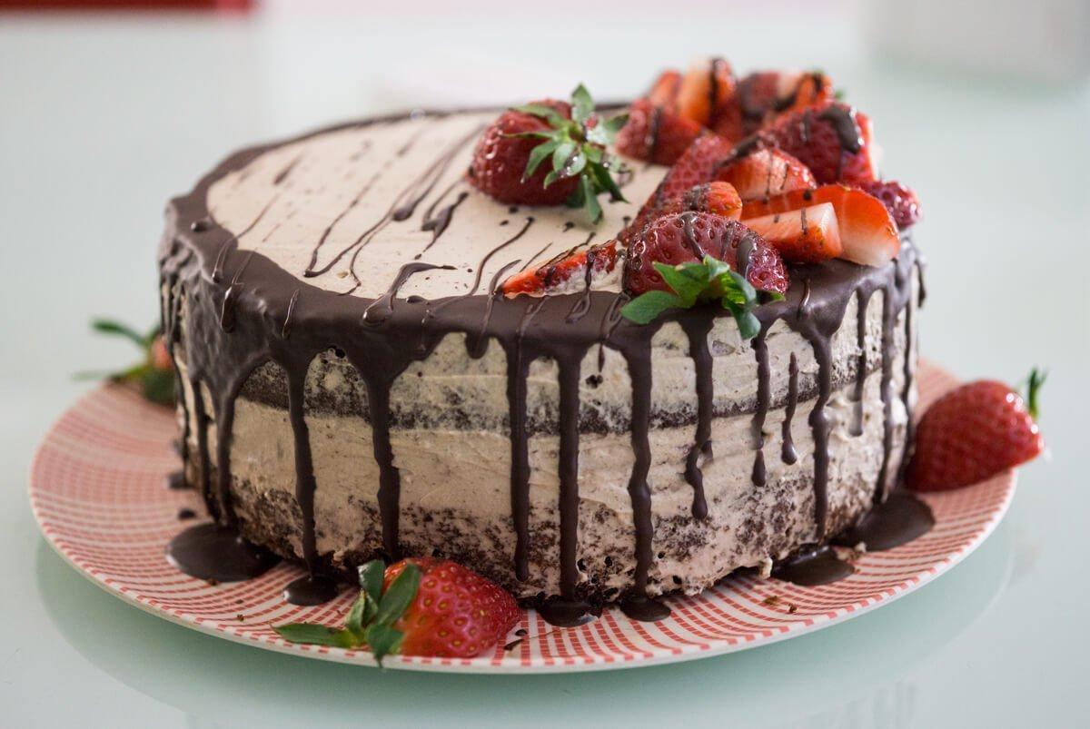 торта с шоколадов блат крем от Инка и ягоди