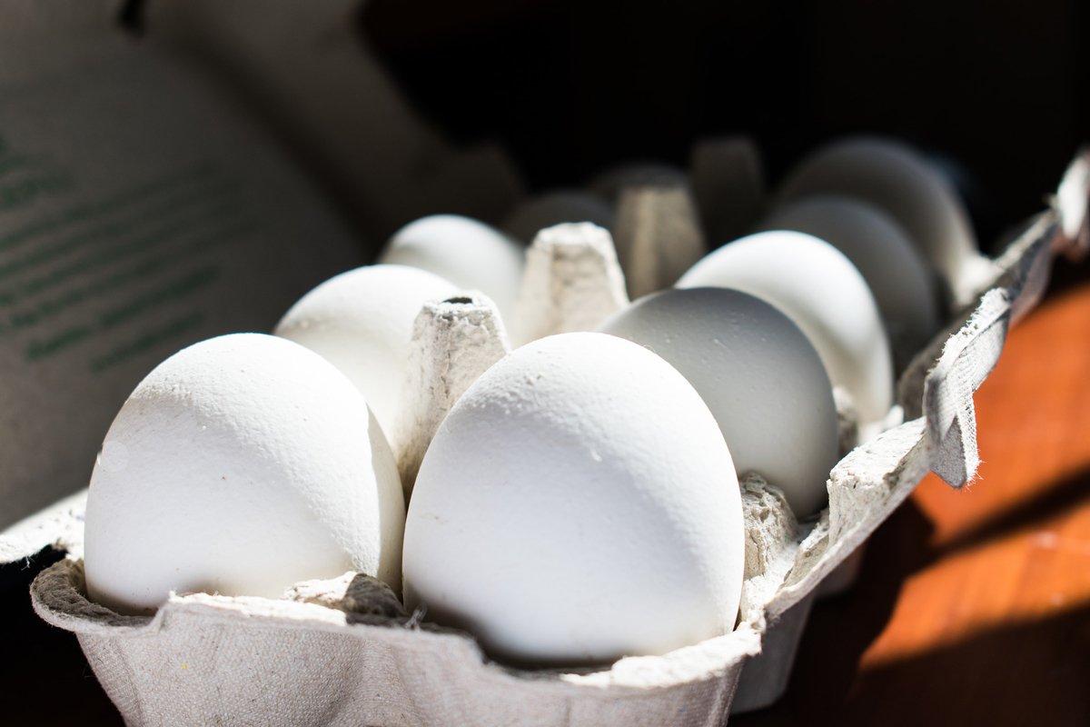 бели яйца