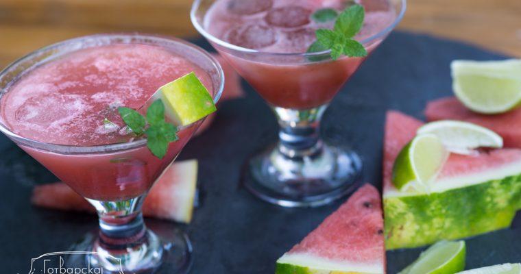 Безалкохолна напитка с диня и кокосова вода ( Watermelon Agua Fresca)