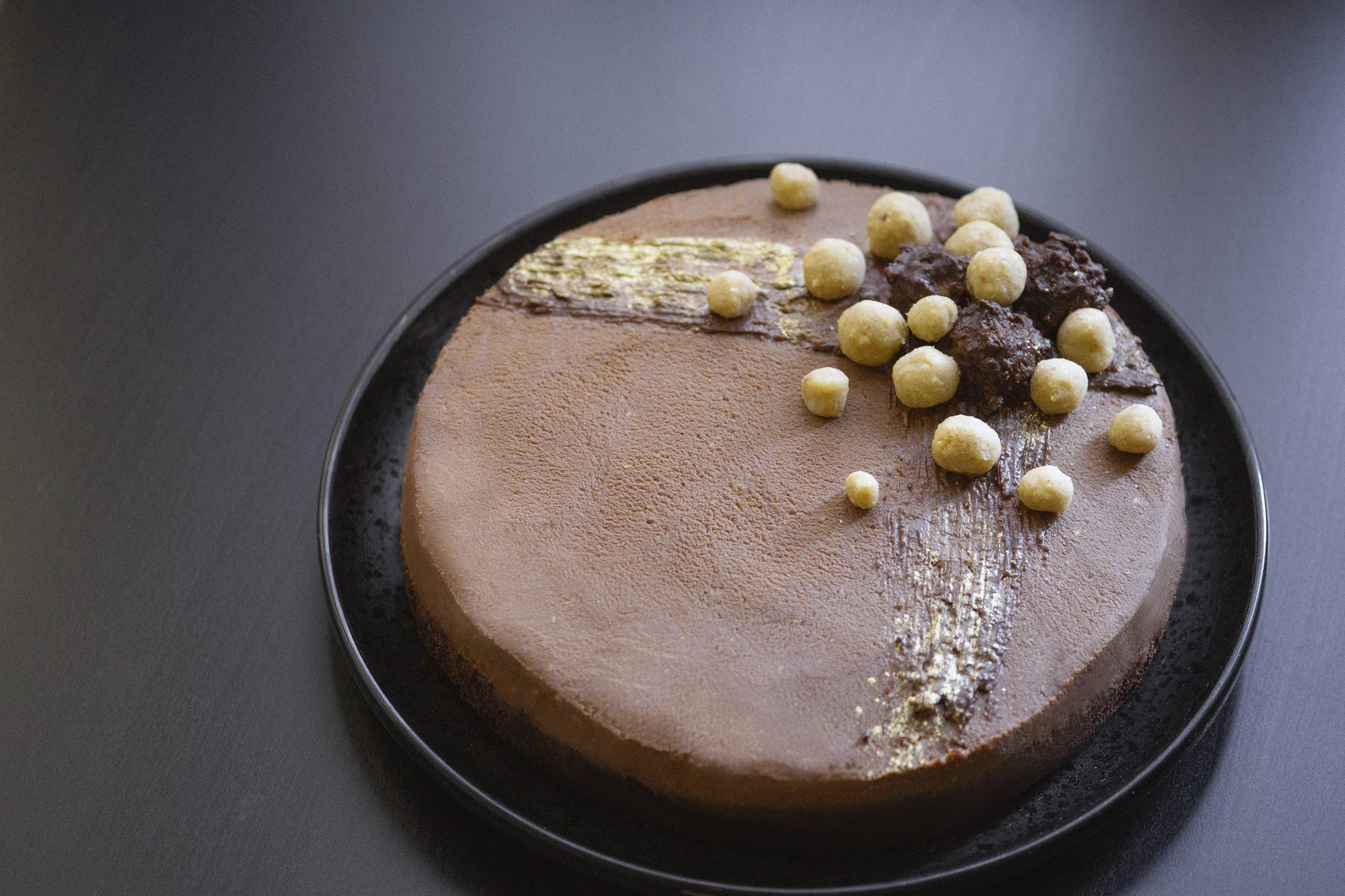 Шоколадова торта с крем от кестени