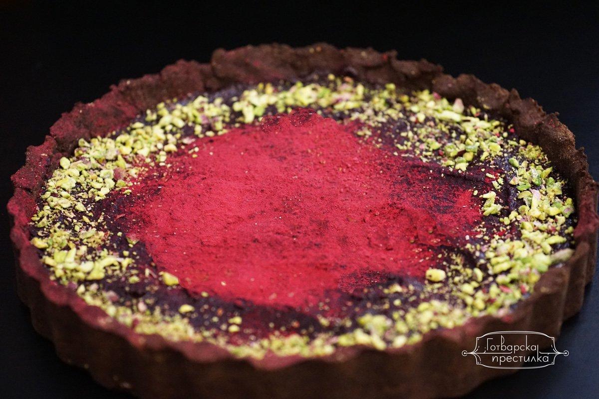 Безглутенов шоколадов тарт с цвекло без захар
