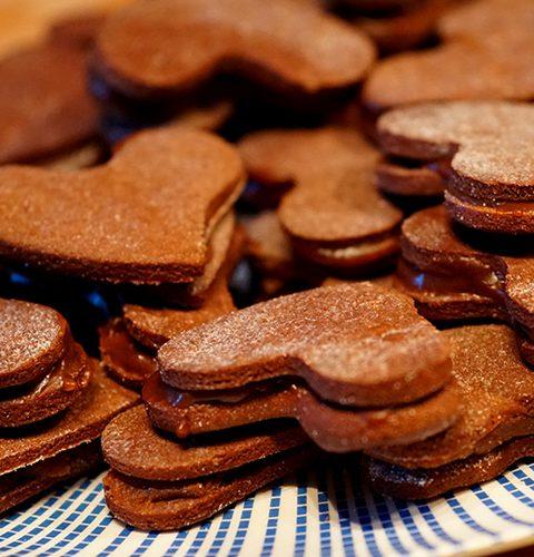 бисквити шоколадови сърца