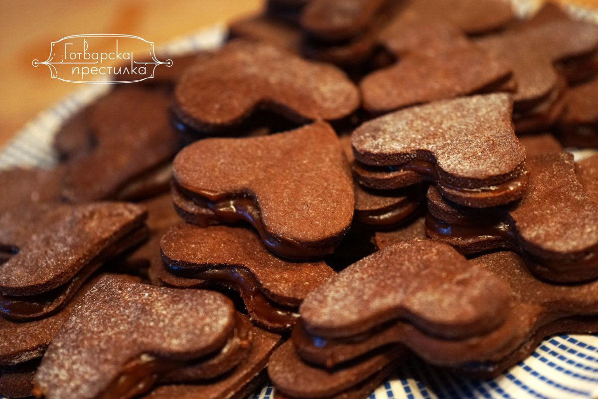 Шоколадови сърца слепени с Дулсе де лече